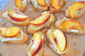 brie and peach crostini- done with no basil