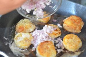scallops provencal- adding shallots