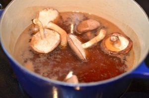 ramen-noodles-broth