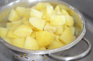 parmesan-mashed-potatoes-boiled-potatoes